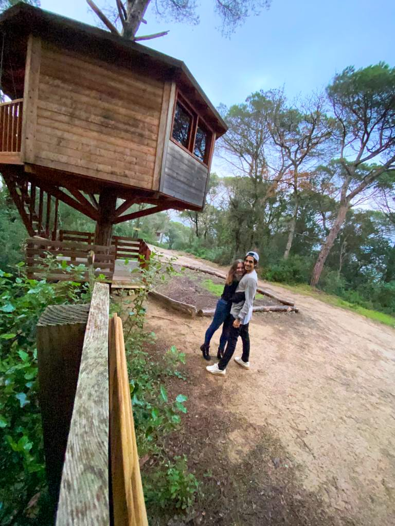 Cabanes Dosrius - Sleeping in a tree house